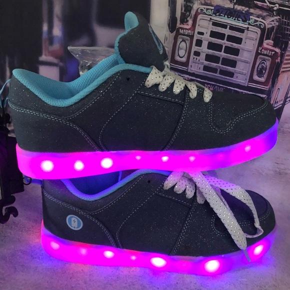 Blue flash light shoes size 4